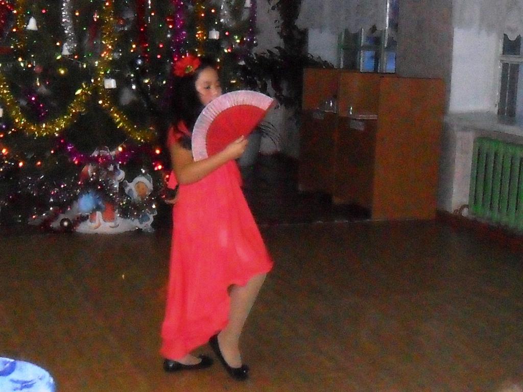 испанский танец в исполнении Каирбаевой Зарины